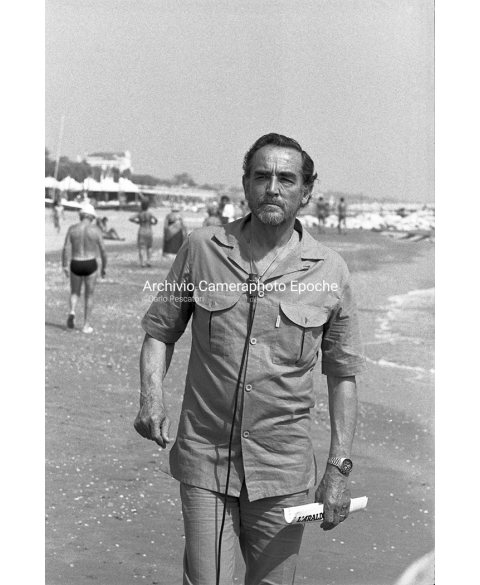 Vittorio Gassman - On The Beach