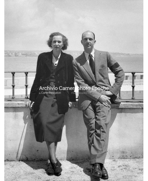 Reali d'europa - Savoia - Maria Jose' and Umberto II outside