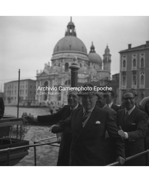 Charlie Chaplin - Arriving In Venice