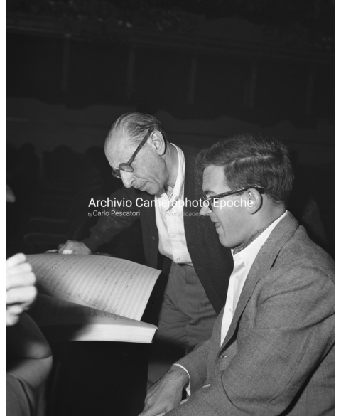 Igor Stravinsky - Reading Music Papers