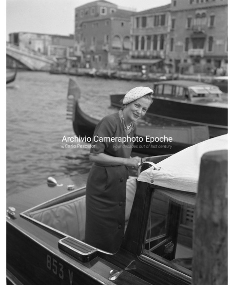 Joan Fontaine - On A Water Taxi