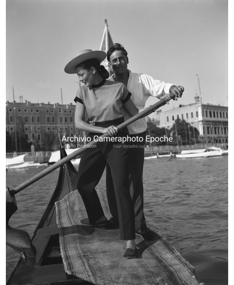 Gene Tierney - Rowing Lessons
