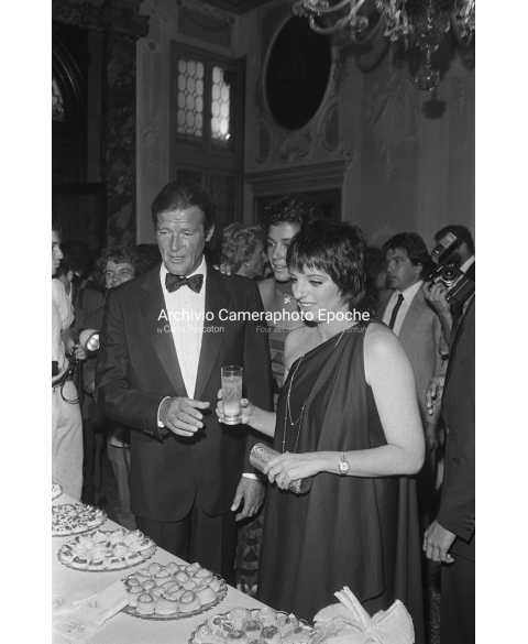 Roger Moore - With Liza Minnelli