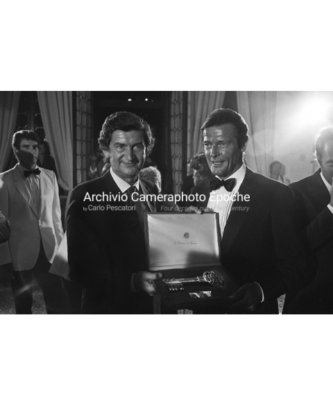 Roger Moore - With The Venice Mayor